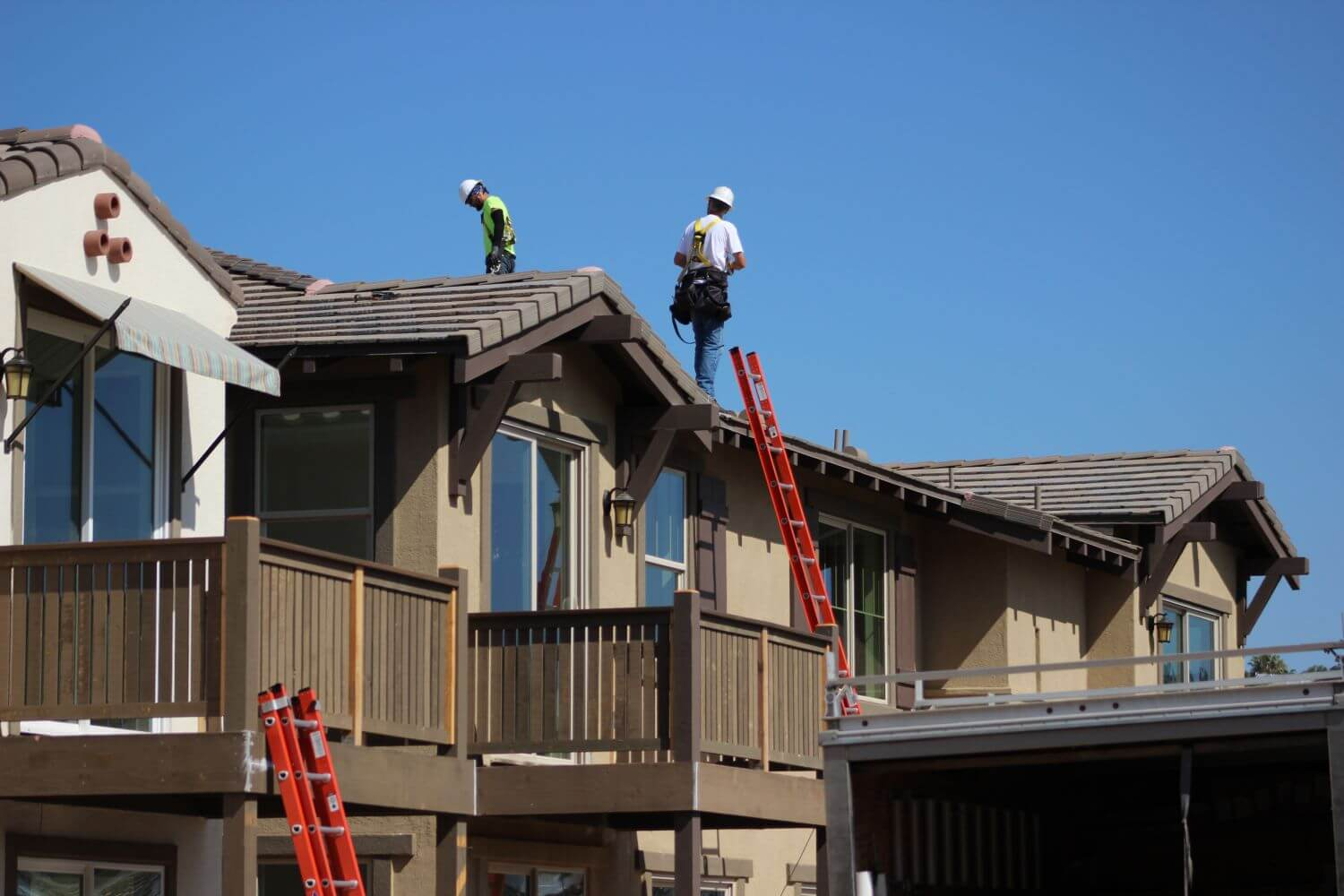 Ventura County roofing contractor